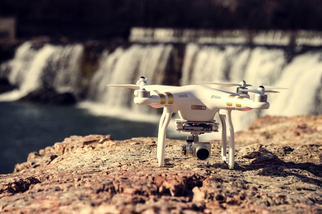 Contrata Seguros para Drones de Eduardo del Hierro